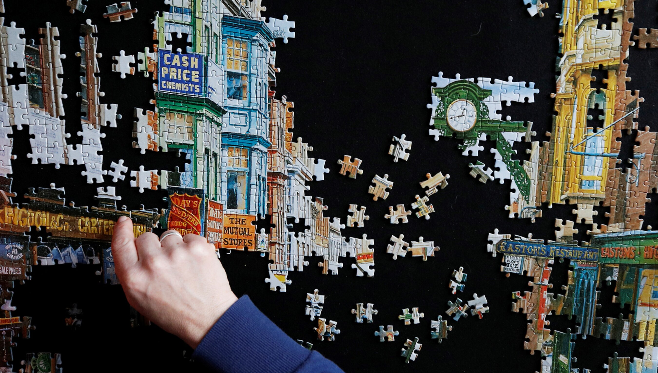 On the consolatory pleasure of jigsaws when the world is in bits | Psyche